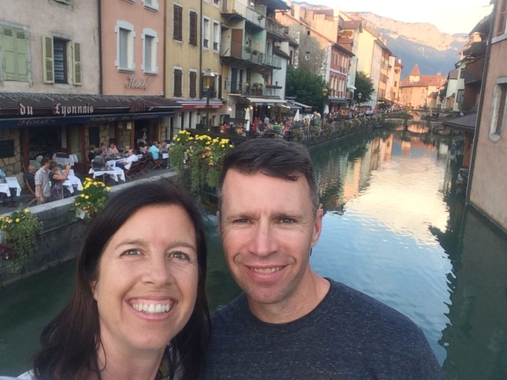 Couple in front of Annecy canal