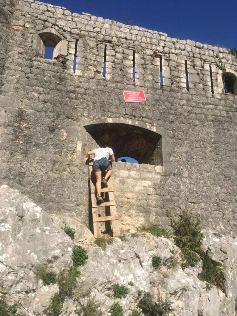 Alternate entrance to Kotor fortress
