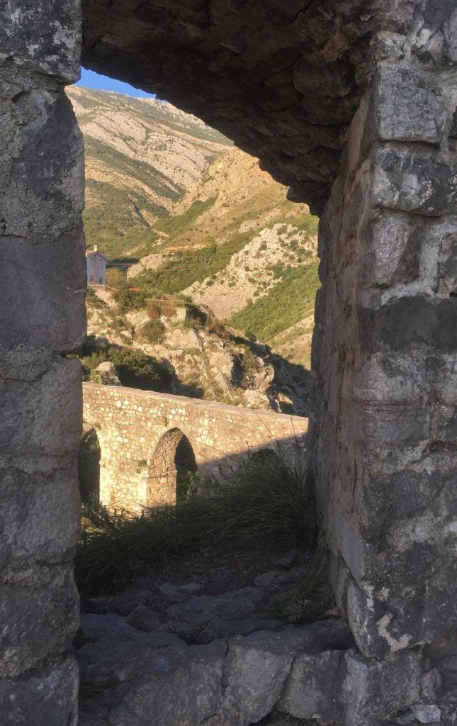 Walls and aqueduct of Stari Bar