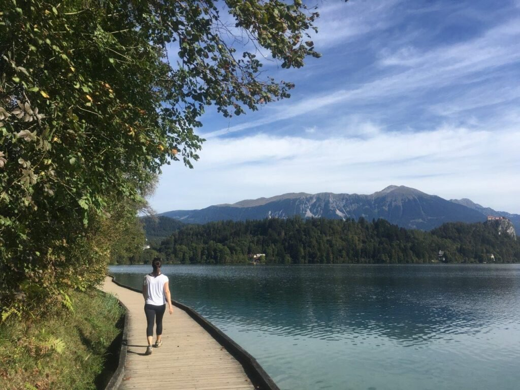 The lakeside trail around Lake Bled