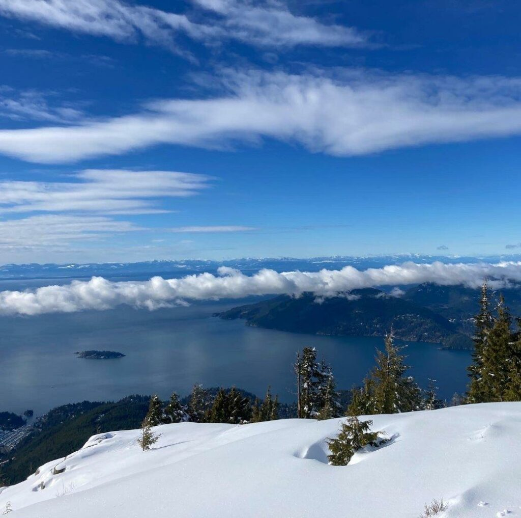Eagle Bluffs viewpoint Cypress Mountain BC
