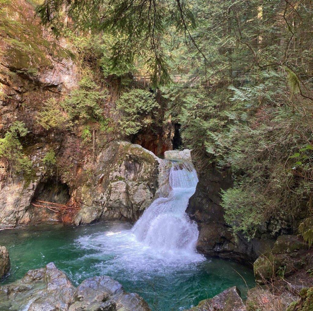 Twin Falls - Lynn Canyon BC