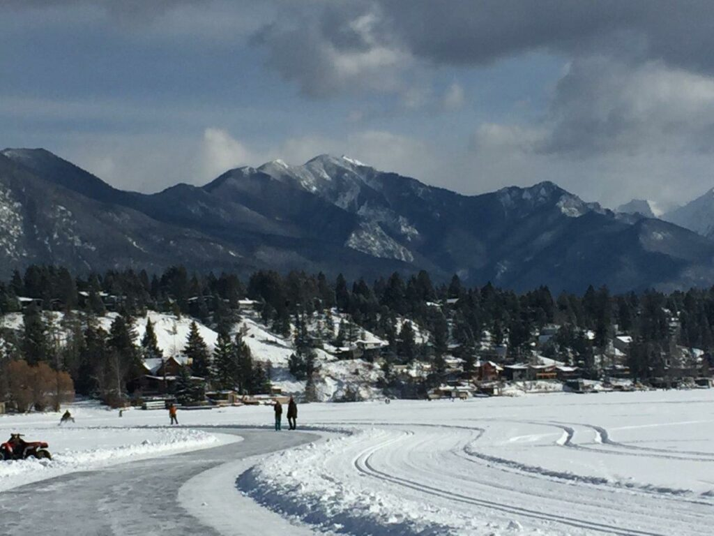 Skaters on Windemere Lake - a Invermere activity