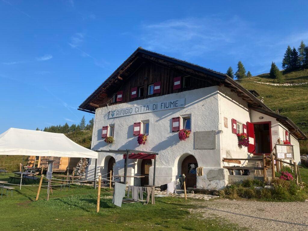 Front of Rifugio Citaa di Fiume
